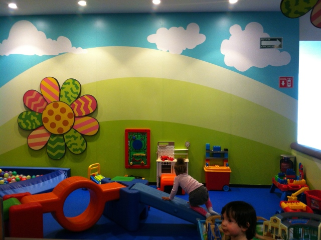 Remove your shoes and you can enjoy the toddler area!