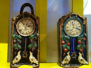 The clocks that note the start and stop of her relationship with Diego