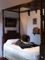 "Frida's ""day"" bedroom"